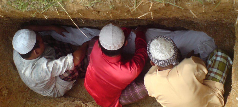 Tata Cara Mengubur Jenazah Menurut Aturan Islam