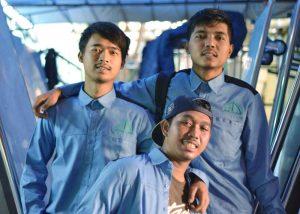 Karyawan-Rajane-pabrik-keranda-indonesia